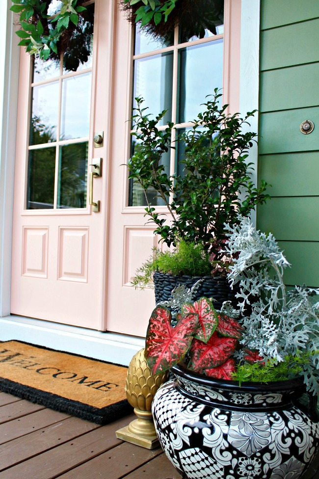 4 Approaches to Stunning Front Door Makeovers | Schlage