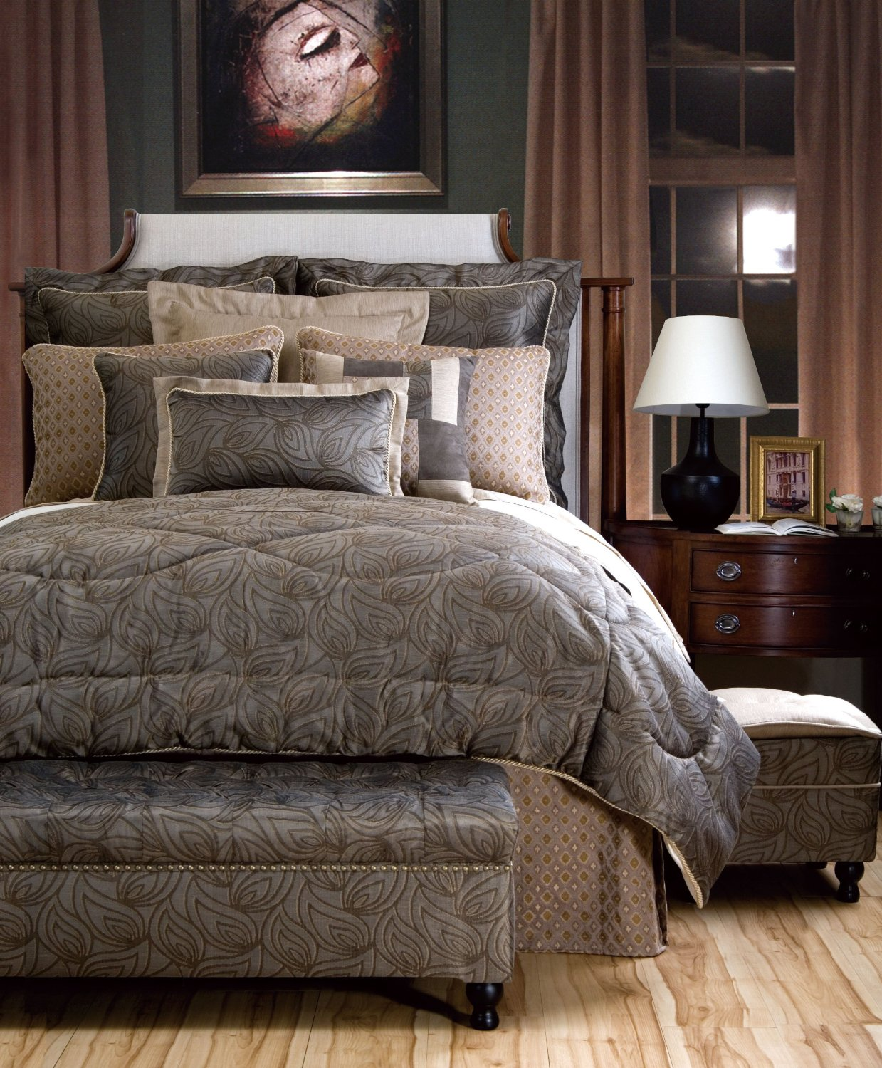 How to create a luxury master bedroom for Luxury master bedroom sets