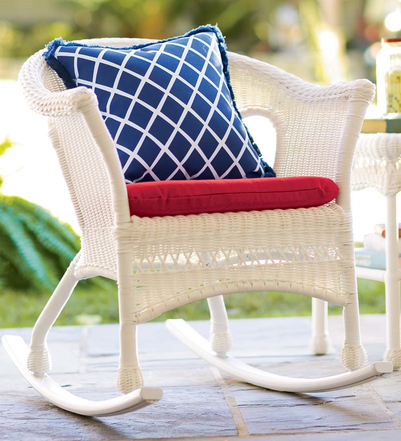 Southern Style White Rocking Chairs For The Porch Come
