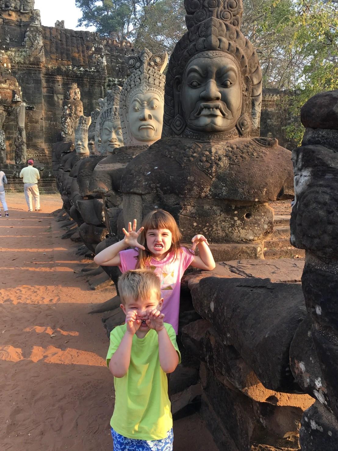 Angkor Thom gateway bridge