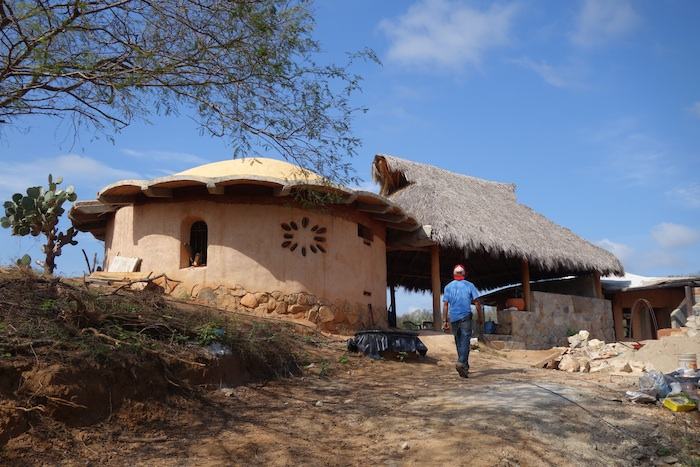 mayto rancho sol y mar cob house
