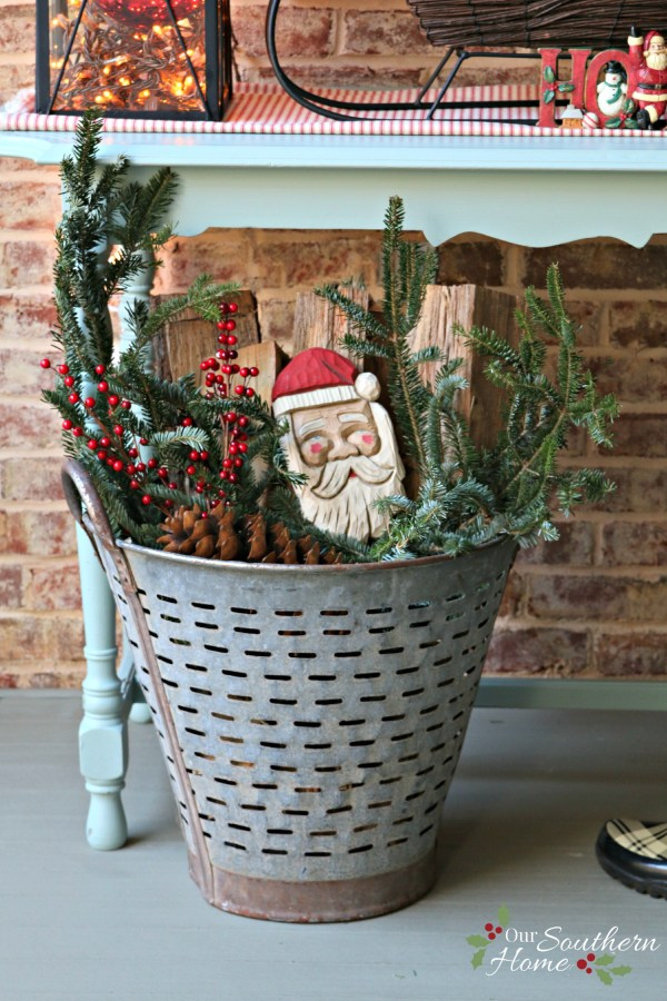 / Christmas Front Porch / wwwdecor steals olive bucket .oursouthernhomesc.com