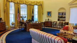 Life Sized Replica Of The Oval Office