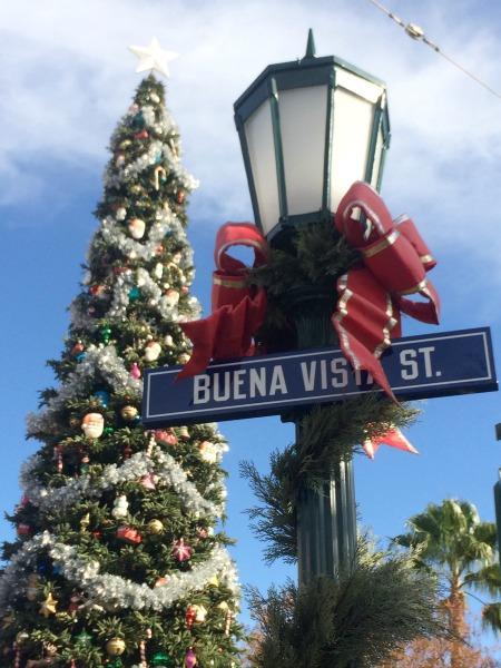 Disney-Holidays-Buena-Vista-Street