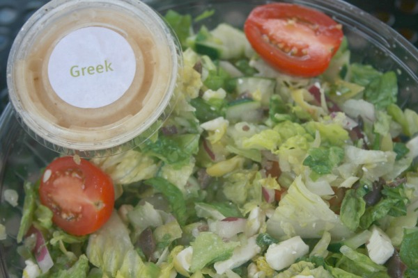 fresh-brothers-pizza-greek-town-special-salad