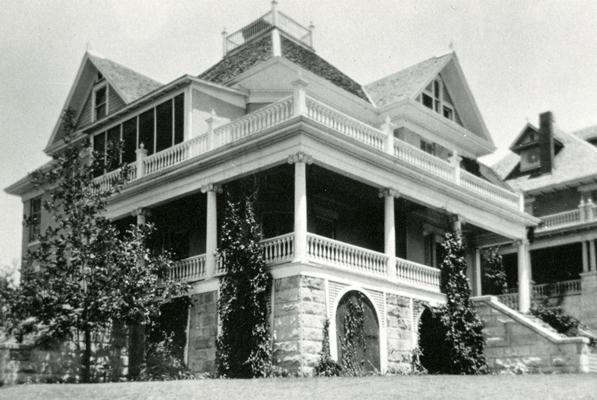 taylor-house-608-baylor