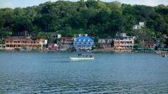 Flores, Palenque, San Cristobal: Taxiboote auf dem See