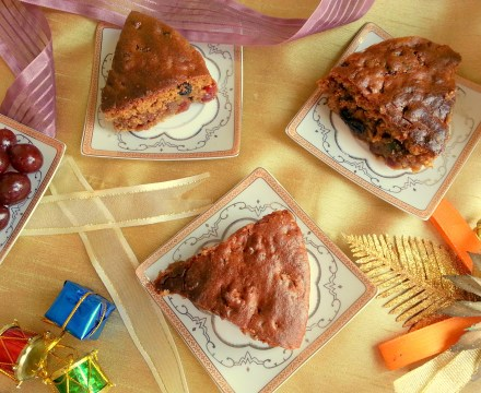 Eggless Christmas Plum Cake