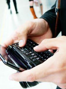 mobile-phone-1104507-m