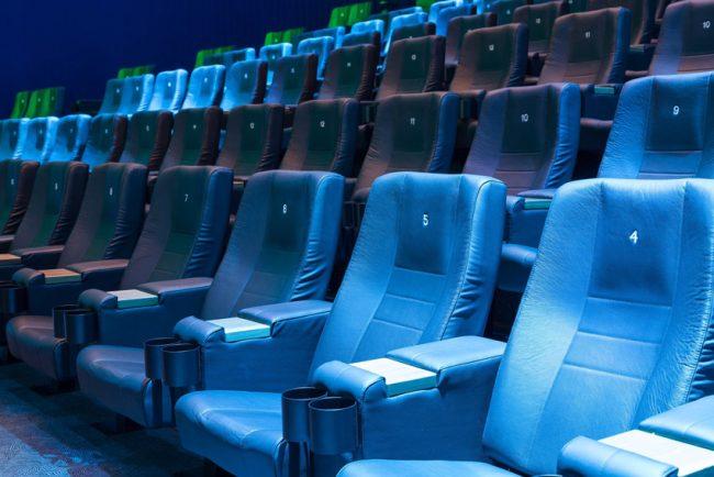 Neue Kinosessel im Cineplex Paderborn