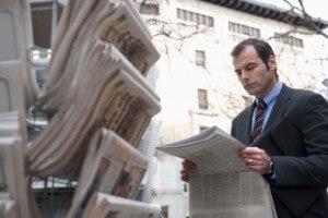 Los artículos de opinión sirven para analizar las noticias.
