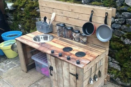 pallet wood outdoor kitchen