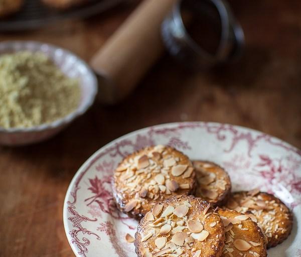 Le lundi c'est permis de croquer des biscuits aux amandes et à la farine de lupin