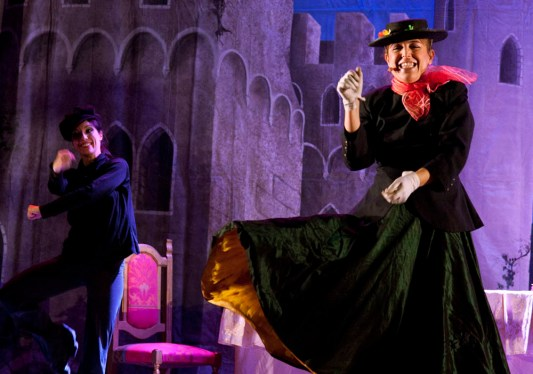 Paola Maresca organizzazione Christmas Party per Univesità Statale di Milano. Spettacolo Teatrale Il Libro Magico
