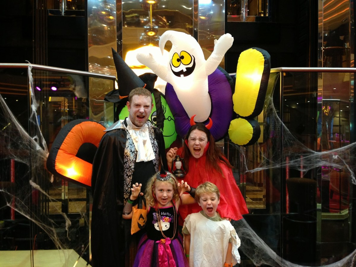 Halloween on a Cruise & Easy Halloween Costumes you can pack for holidays