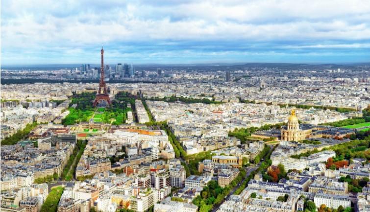 Como furar as fila do Louvre, Pompidou e Torre Eiffel Evite as longas filas nos museus de Paris.