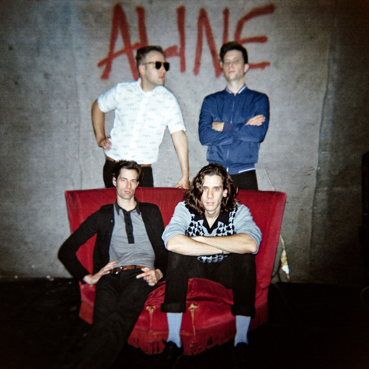 aline 3 © Frank Loriou 3 ALINE (EX YOUNG MICHELIN) : ALINE EP