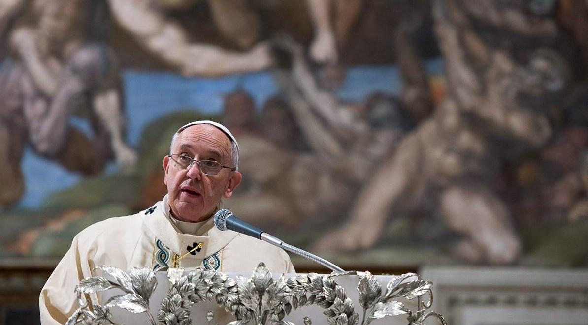 Vaticano-11-gennaio-2015-Papa-Francesco-presiede-la-Santa-Messa-nel-corso-della-quale-amministra-il-Battesimo-a-33-neonati-2