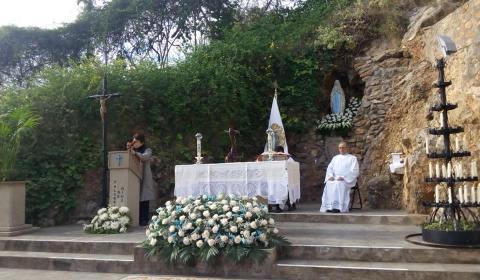 Santa Missa en honor de la Mare de Déu de Lourdes63584_6618013780831643905_n