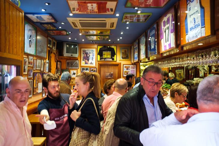 Passagem Gastronômica - Bar Nestor - Pintxos Bar em San Sebastian