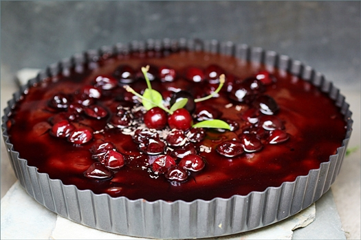 Nutella & Fresh Cherries Chocolate Tart