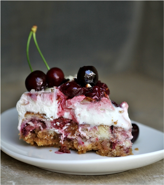 Quark Cheesecake Cherry Pie