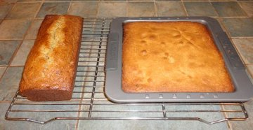 Banana Nut Bread and Pear Cake