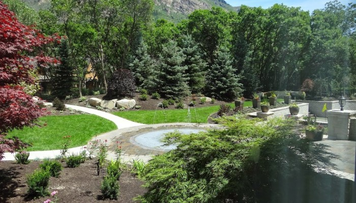 Beautiful Yards and Landscaping in Utah