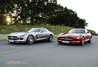 09_2010_Mercedes_Benz_SLS_AMG_Gullwing_5S