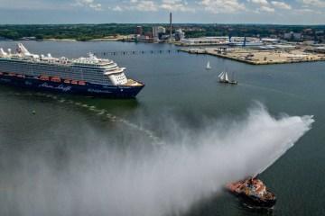 Mein-Schiff-5-Erstanlauf-in-Kiel