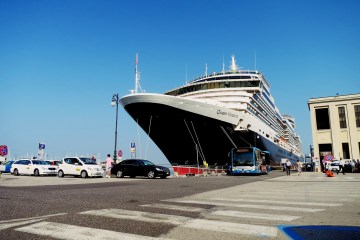 queen victoria cruise ship