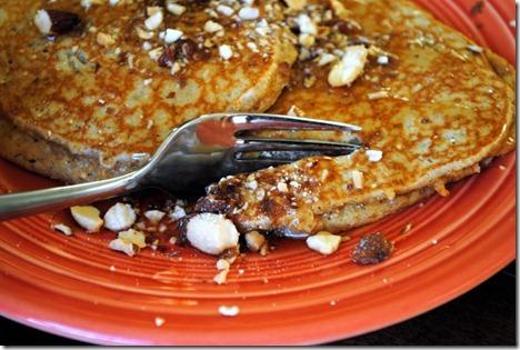 almond butter pancakes 016