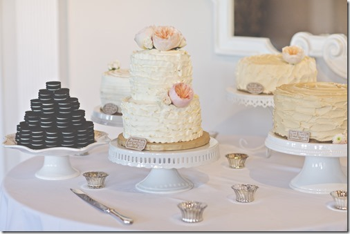 Beautiful Wedding Cakes - Plus and Oreo Cake