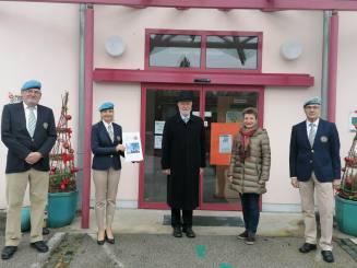 Gruppenfoto v.l.: - Vizeleutnant i.R. Alfred STECHAUNER - Bereichsleiterin Irene VALINA - Oberst i.R. GR Johann MACHOWETZ - Direktorin Astrid LEEB - Oberst i.R. Günter BARTUNEK