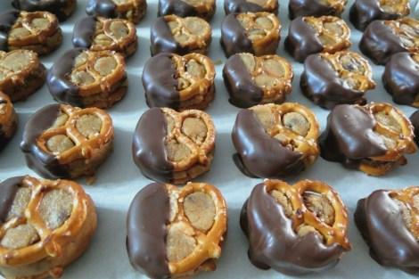 Chocolate Chip Cookie Dough Pretzel Bites