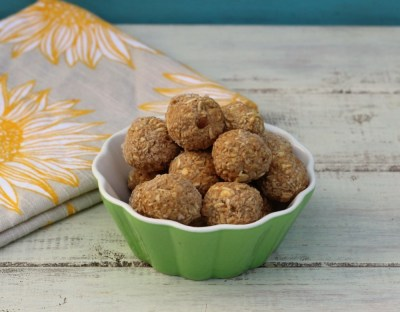 Peanut Butter and Apple Oat Balls