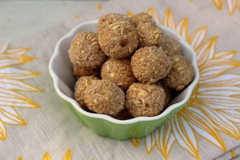 Peanut Butter and Apple Oat Balls