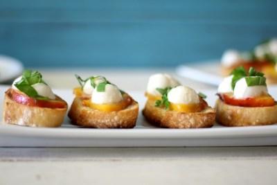 Grilled Peach Bruschetta #SundaySupper