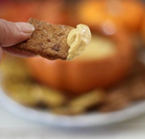 Pumpkin Cheesecake Dip #SundaySupper