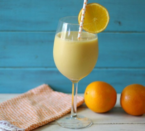 Peachilious Smoothie #SundaySupper