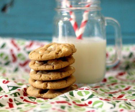 White Chocolate Peanut Butter Cookies #fbcookieswap