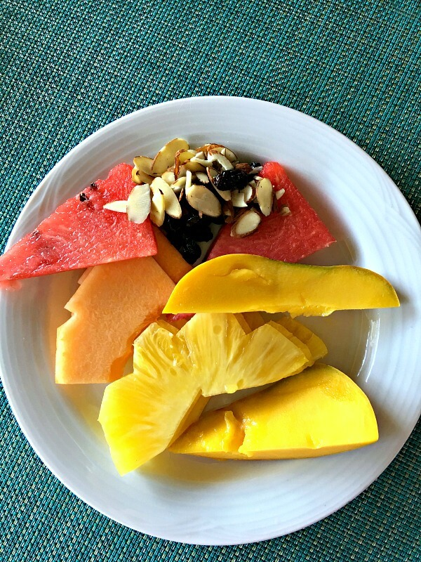 vacationfruitplate