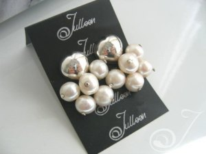 Sarina Cluster Earrings