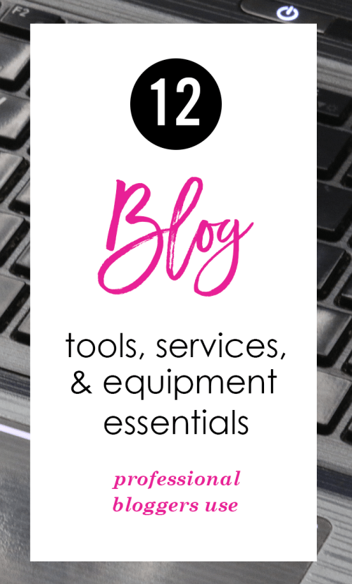 A super helpful list of tools and essentials that pro bloggers use!