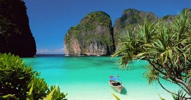 Maya-Bay-Beach-Thailand-High-Quality-Wallpaper