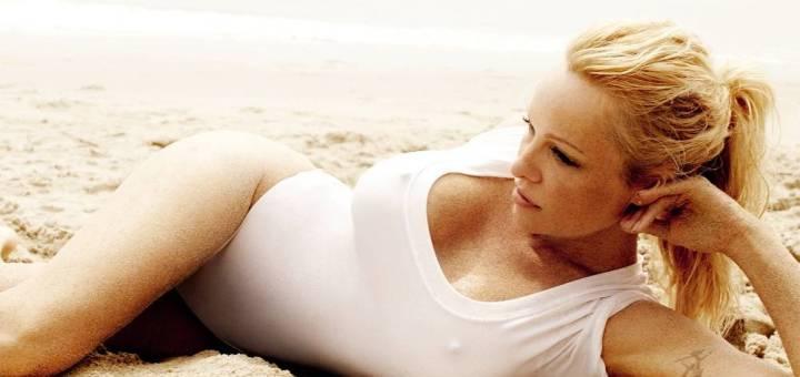 Pamela-Anderson-Vogue-05