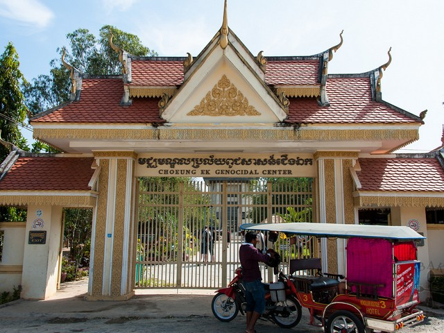 Entrance to Choeung Ek Genocidal Center. Photo: Foodie Baker