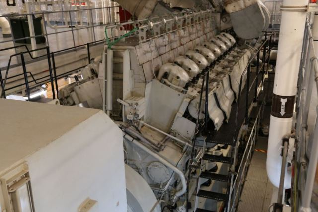 One of two MAN 16V32/40 diesel generators, producing 10,000hp. Photo: Peninsularity Ensues