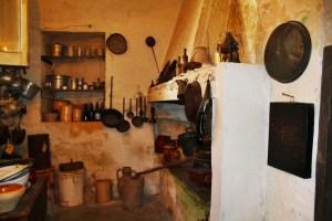 casa grotta cucina