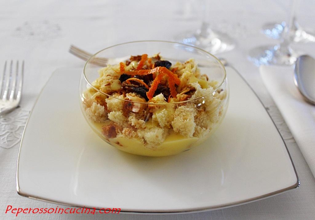 Crema all'arancia con panettone e uvetta